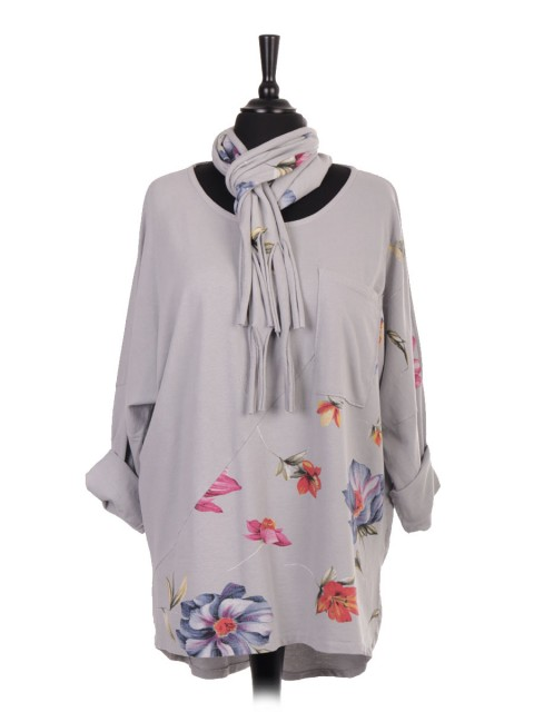 Italian Floral Print Dip Hem  Batwing Top With Front Pocket And Scarf