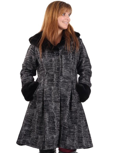 Italian Ladies Woollen Fur Coat