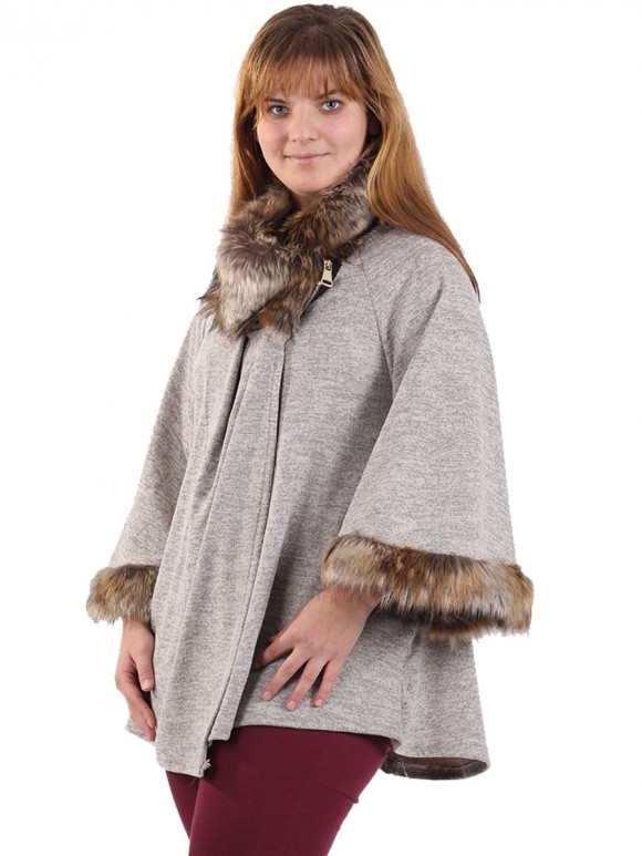 Italian Ladies Batwing Sleeves Faux Fur Poncho Beige Side