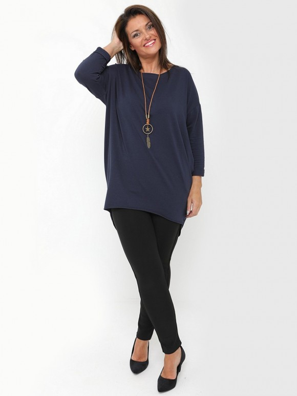 Italian top with  Star-leaf necklace