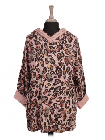 Italian Hooded Dip Hem Printed Top with Front Pockets