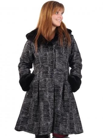 Italian Ladies Woollen Fur Coat
