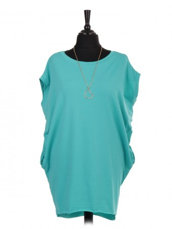 Italian Sleeveless Dip Hem Tunic Top With Necklace